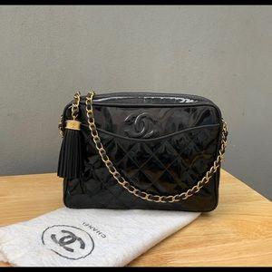 ⭐️ Chanel ⭐️ Vintage Camera Bag Patent Leather